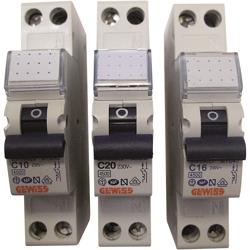 Interruttore Magnetotermico Automatico-8,15 €